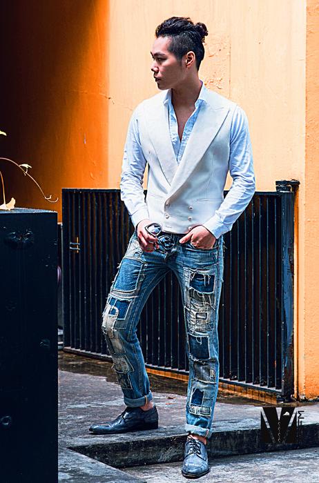 white waistcoat 西装背心 jeans 千代洋服 Lara Guina