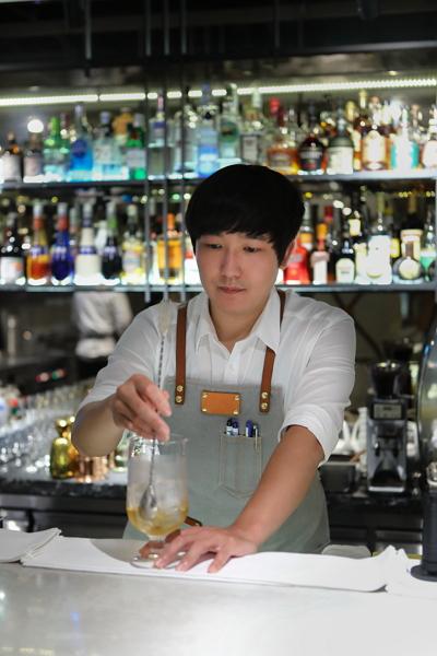 調酒師林俊興